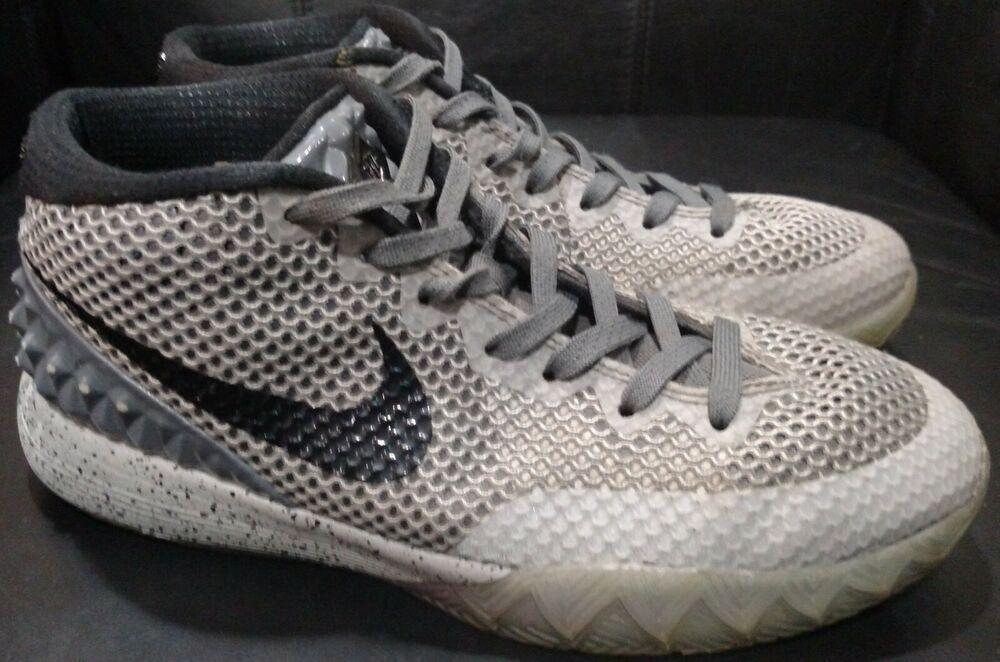 official photos 46c4a 170c8 Nike Air Zoom Kyrie 1