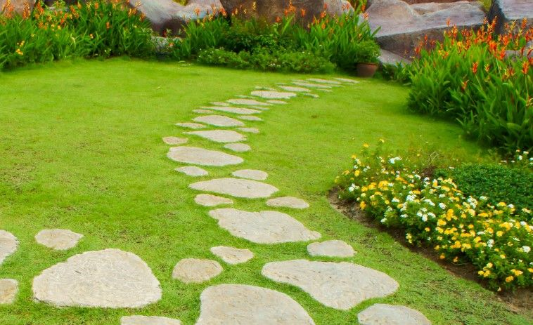 How to Make Garden Stepping Stones | Garden stepping ...