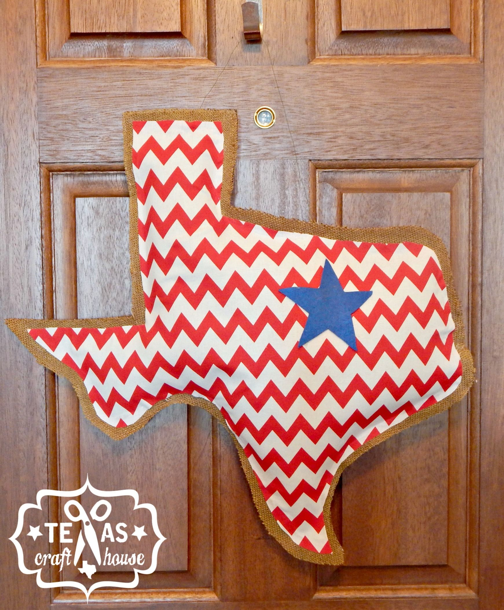 Texas Craft House Texas Burlap Door Hanger Tutorial  sc 1 st  Pinterest & Texas Craft House Texas Burlap Door Hanger Tutorial | Texas ... pezcame.com