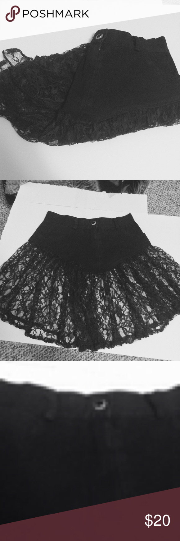 90s Vintage Black Denim Lace Skirt ...Feel free to bundle what you wish, no offer will be declined, only accepted or countered until a common price is found 😊📦📬 ... Thank you for browsing and have a great day! Jerry Leigh Skirts