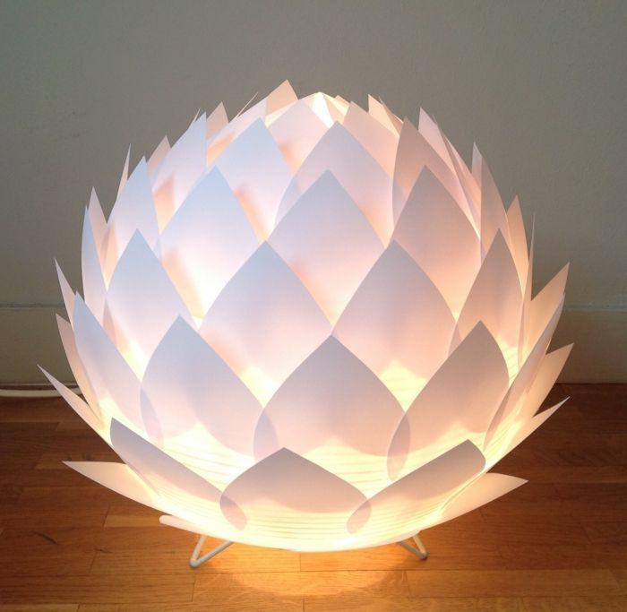 Lampe En Papier Fleur A Faire Soi Meme Instructions Et Idees De