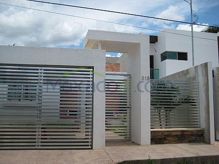 Fachadas de casas modernas con rejas rejas pinterest for Disenos minimalistas para casas pequenas