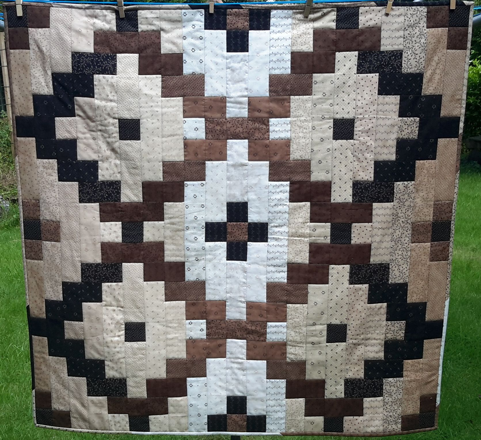 twin options contains aztec with size color pattern full dsc quilt mountain crib this comes throw diagrams it x queen and