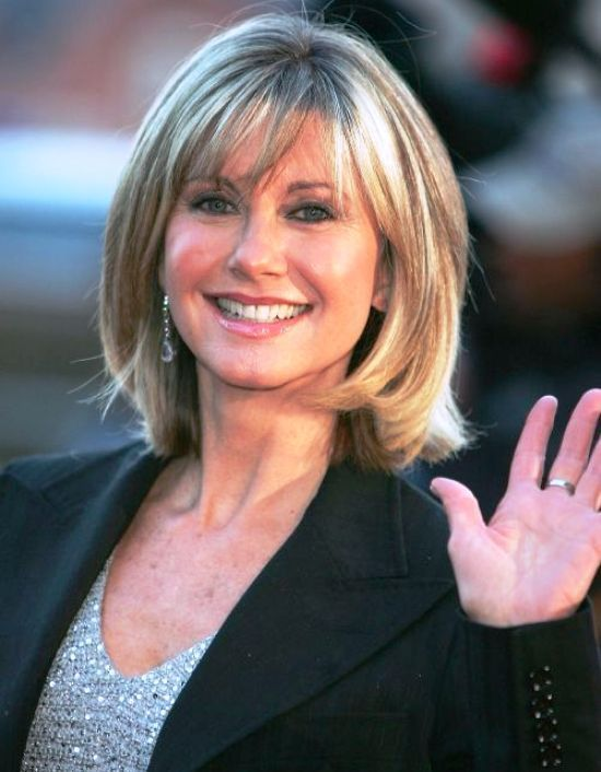 Hairstyles For Women Over 60 With Bangs Medium Hair