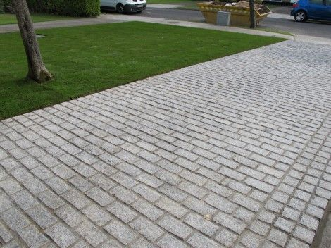 Perfect Driveways Invest In Value Not Price Owen Chubb Garden Landscapers Granite Paving Driveway Cobblestone Paving