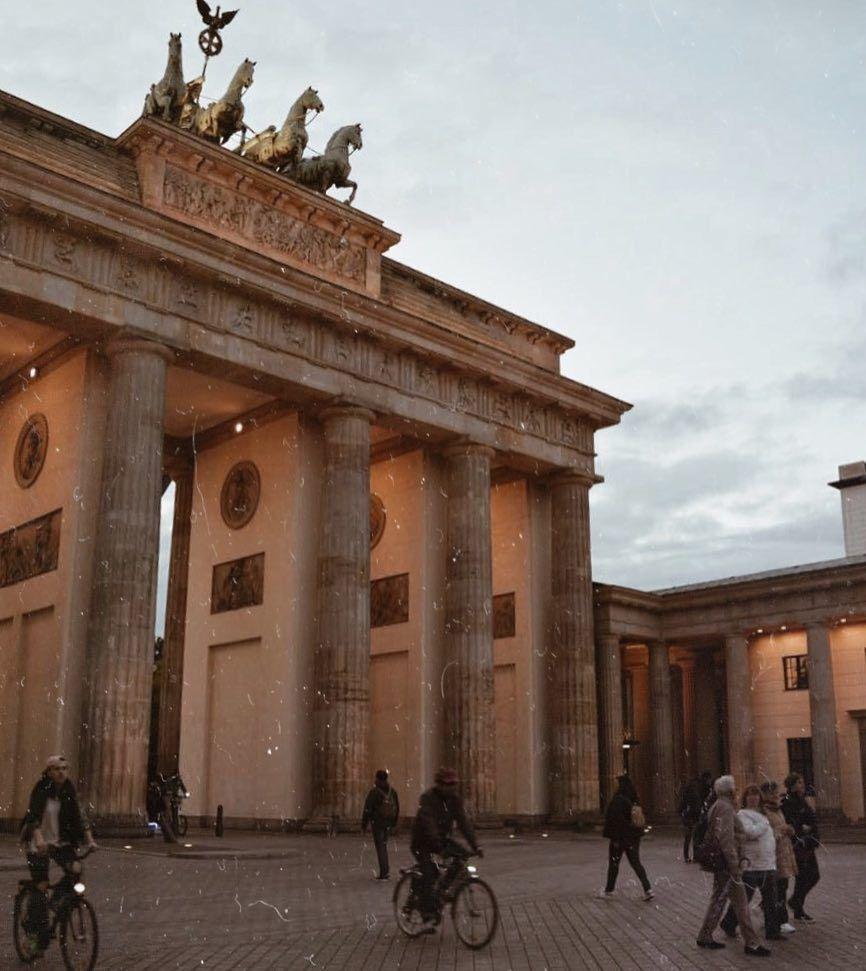 Berlin Brandenburger Tor Mit Bildern Berlin Fotos Instagram Fotos