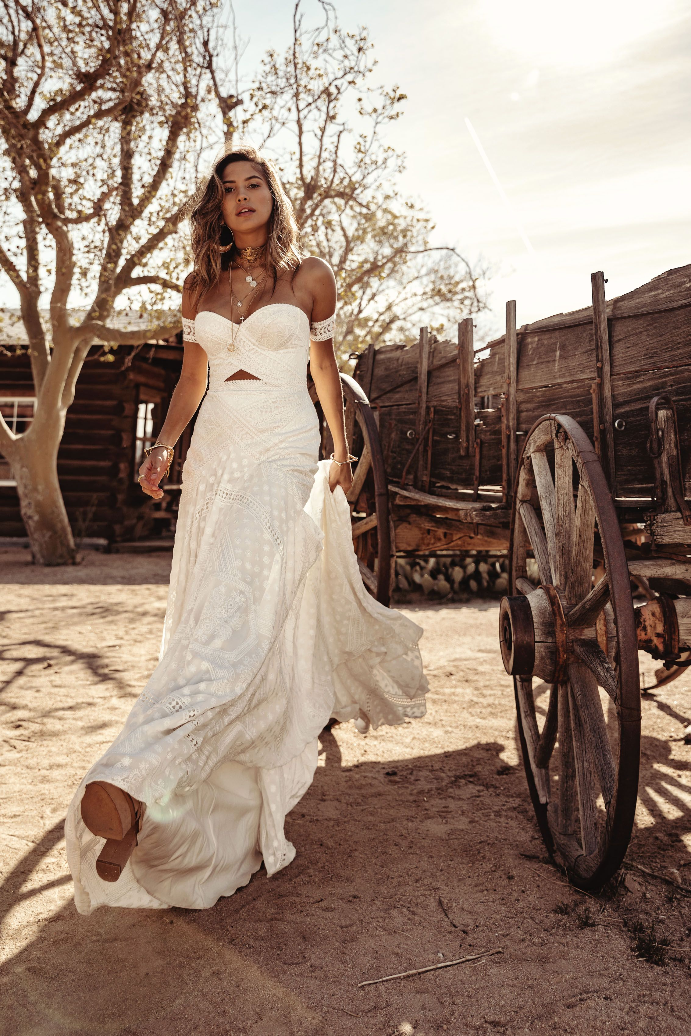 Knoxville Gown By Rue De Seine Moonrise Canyon Collection 2019 Wedding Dresses Ball Gowns Wedding Bridal Gown Bohemian
