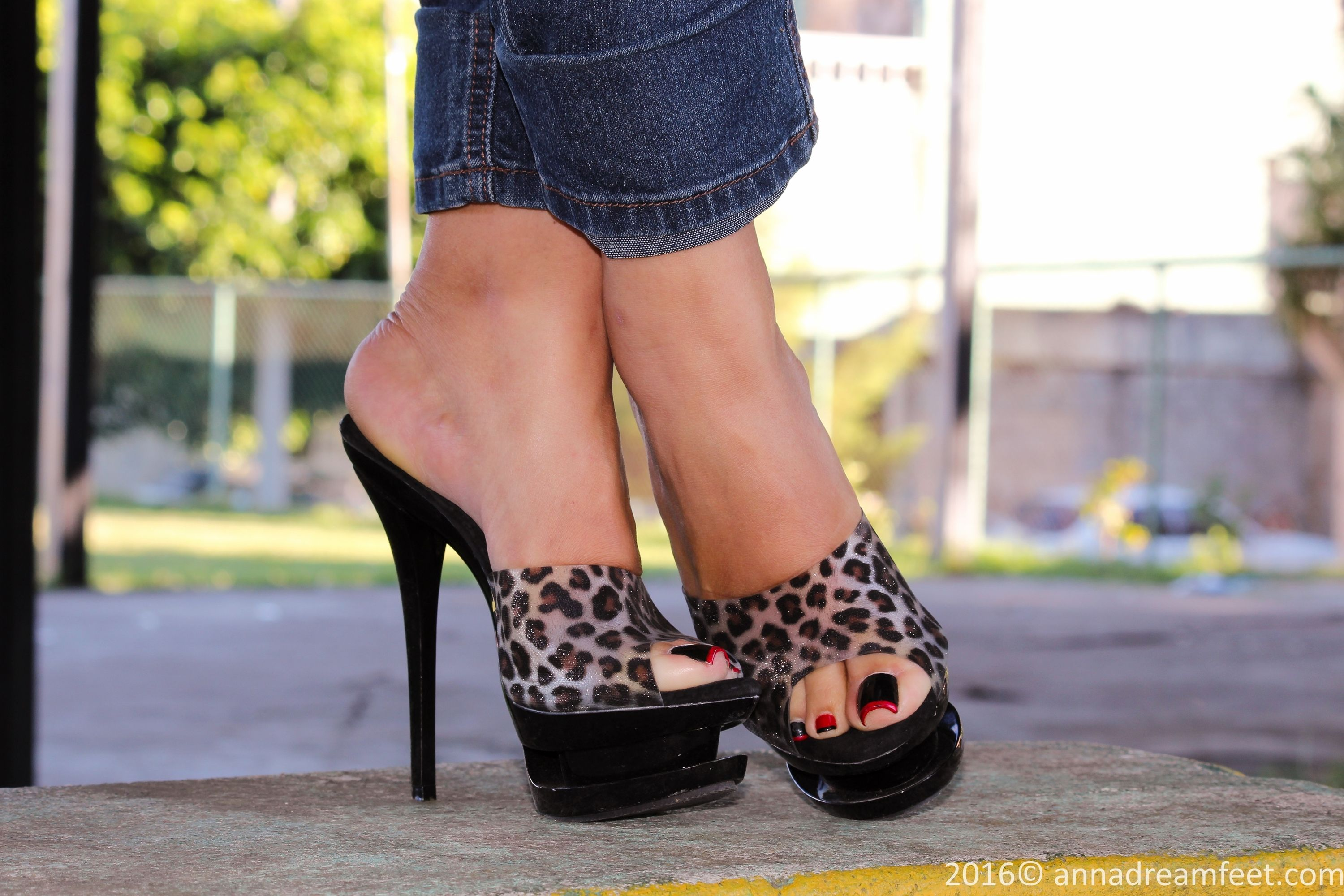 Julie skyhigh heels
