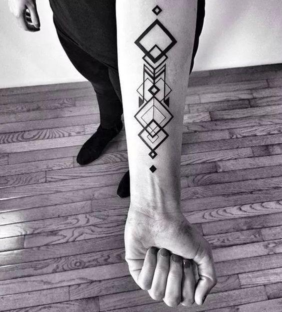 Resultat De Recherche D Images Pour Tatouage Geometrique Homme