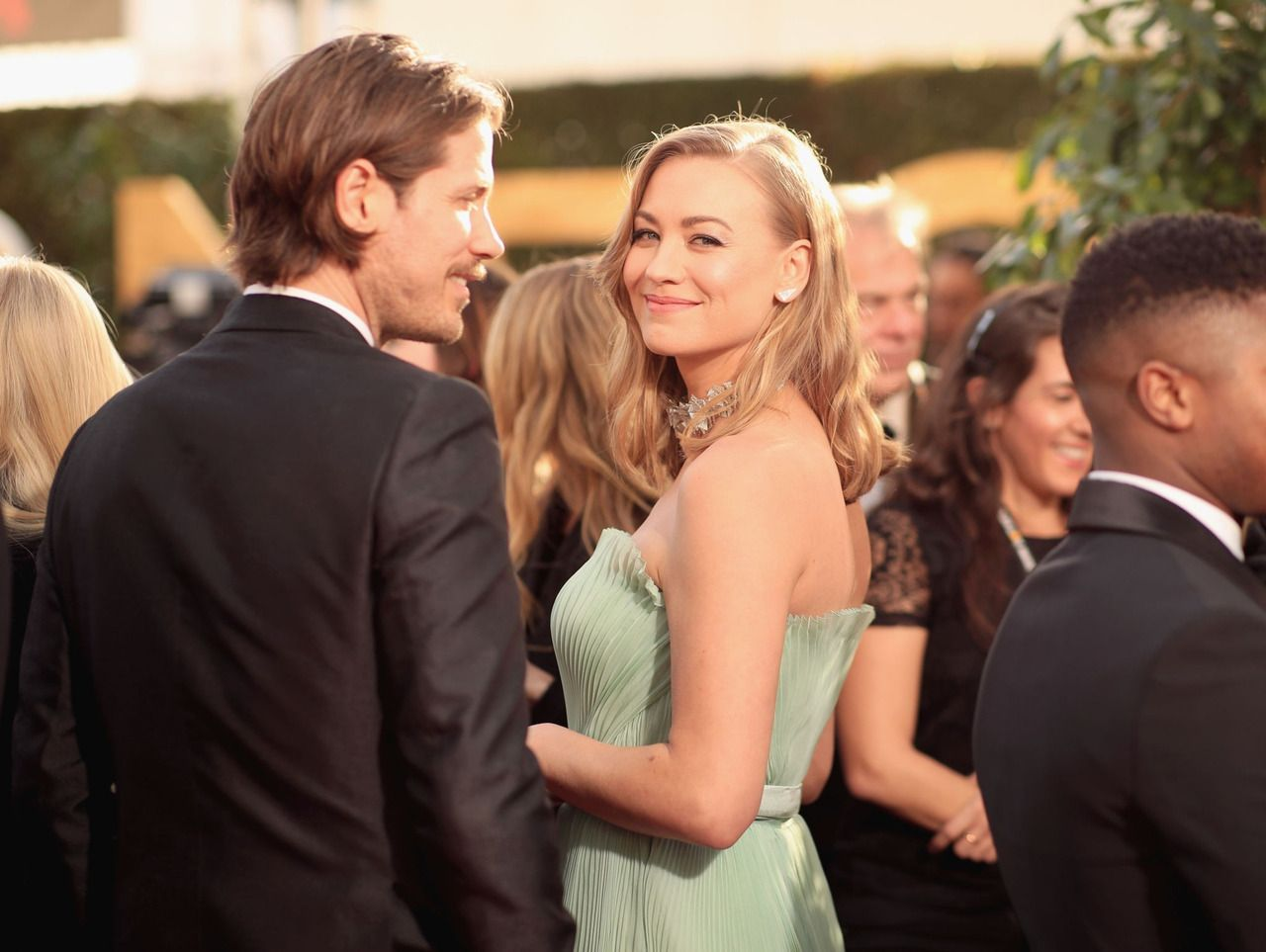 Ball Of Sunshine With Arms And Legs Affirmative Yvonne Strahovski And Tim Loden Attends The 76th Yvonne Strahovski Beverly Hilton Hotel Golden Globe Award As an actor, he has a few acting credits to his name, including 'guys who cook. yvonne strahovski and tim loden attends