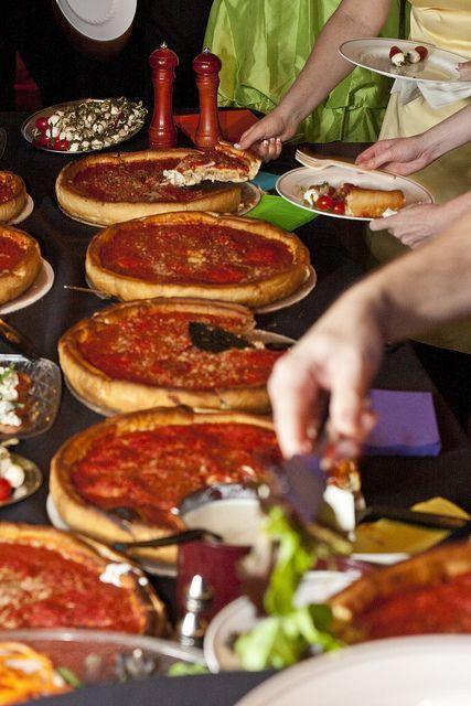 recepção com pizza