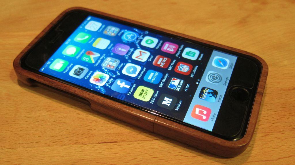 iPhone 6 Case Roundup (image: Ewan Spence)