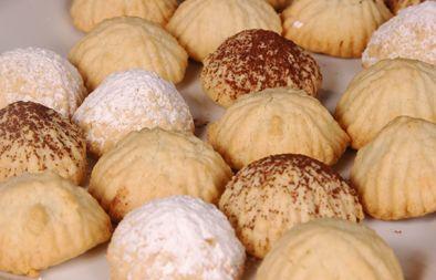 طريقة عمل الكليجة العراقية الهشة Food Kinds Of Desserts Breakfast