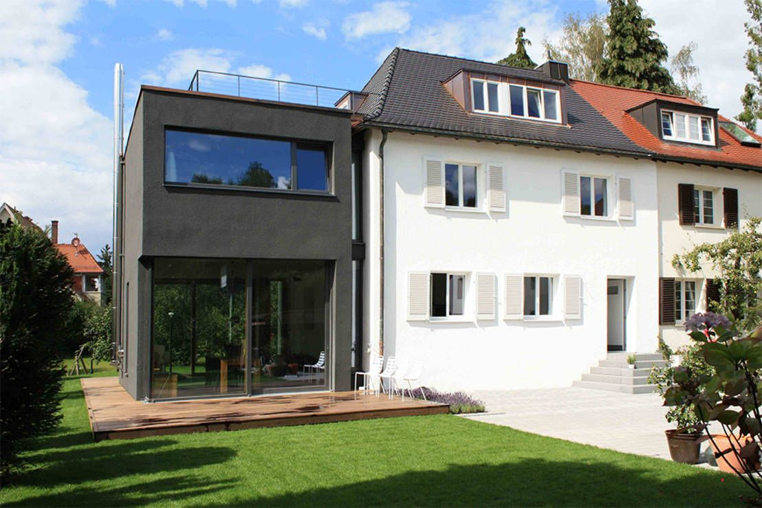 Moderner Hausanbau Traditionelles Doppelhaus Mit Stylishem Anbau Black Is Beautiful