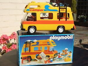 9502 Playmobil Fun Park Pick up et Caravane