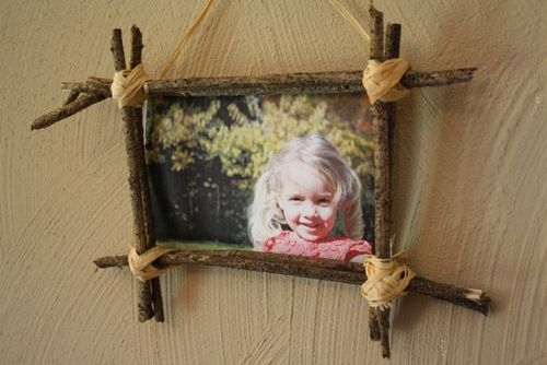 How To Make A Frame With Sticks Fall Picture Frame Nature Crafts Fall Decor Diy