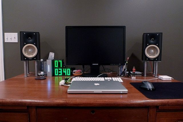 Ikea Desktop Speaker Stands Diy Pinterest