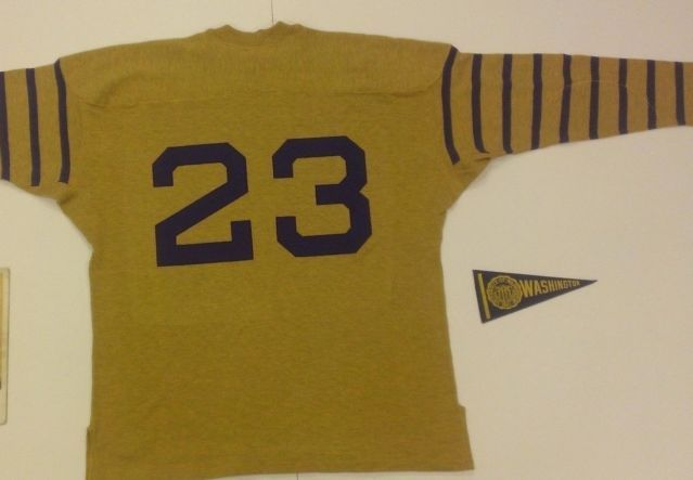 official photos 7fff8 b3a50 Vintage Washington Huskies Throwback Stall Dean Jersey XL Uw ...