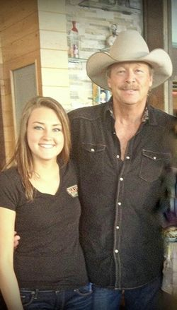 Alan Jackson S Daughter Mattie Finds Similar Passion In