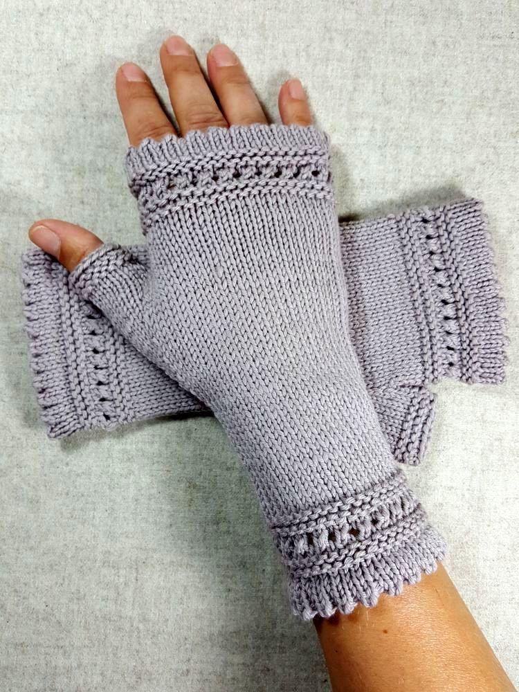 Photo of Gestrickte Handschuhe aus Wolle, Damen – Frostpfoetchen – Armstulpen und Knotentaschen