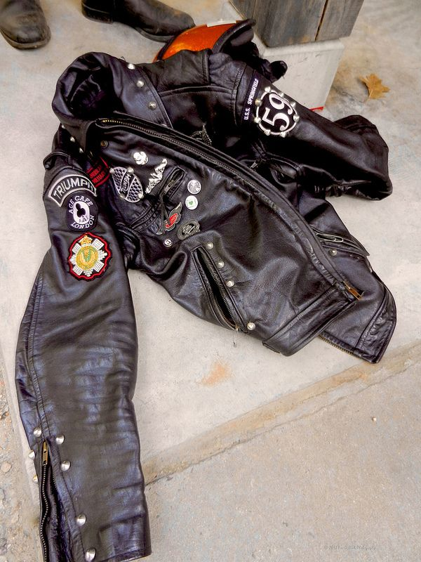 old triumph motorcycle jacket triumph motorcycles. Black Bedroom Furniture Sets. Home Design Ideas
