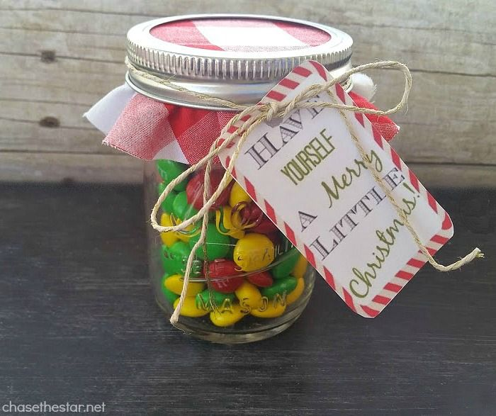 Mason Jar Gift Give A Money Gift In A Fun Creative Way With This Cute Craft Quick Christmas Gifts Creative Money Gifts Christmas Gift Packaging