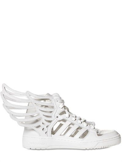 WINGS 2.0 CUT OUT LEATHER SNEAKERS
