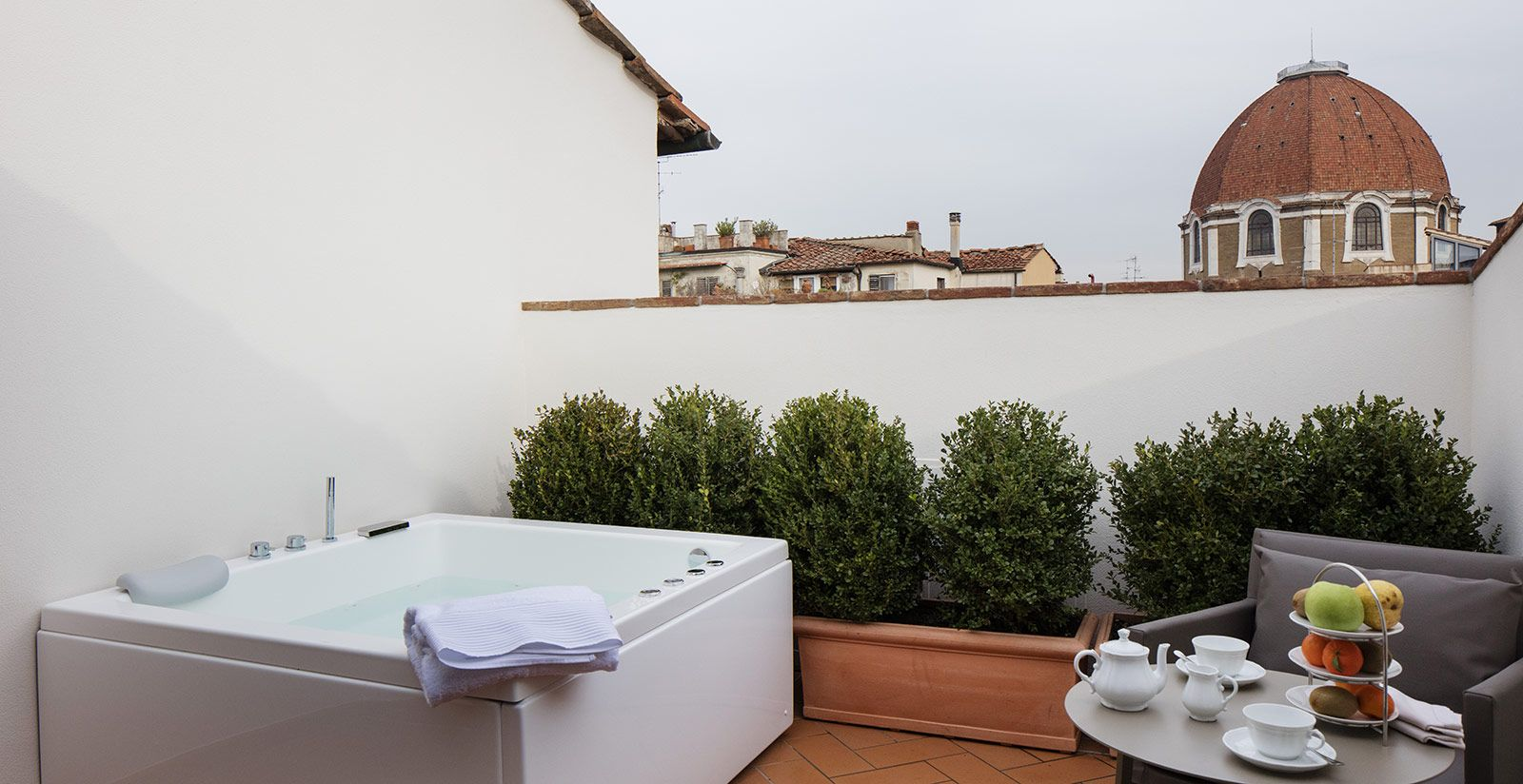 Suite With Jacuzzi Und Terrace Florence The Frame Hotel Suite Hotel Terrace