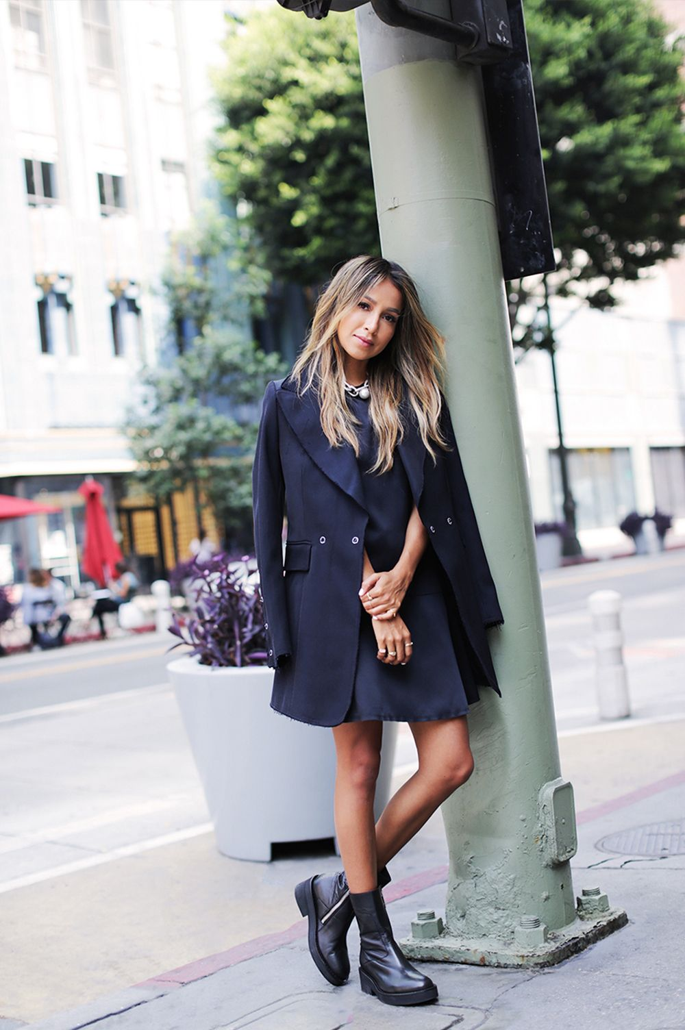 f8c695b769 @sincerelyjules1 shows how street wear goes sophisticated in the #HMStudio  #AW17 collection. #SincerelyJules | H&M OOTD