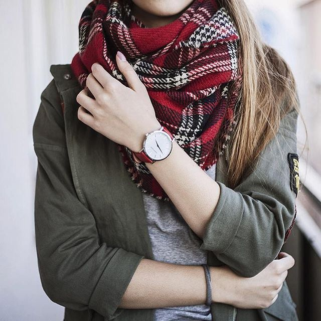 Double Sided Soft Fringe Plaid Scarf In Red