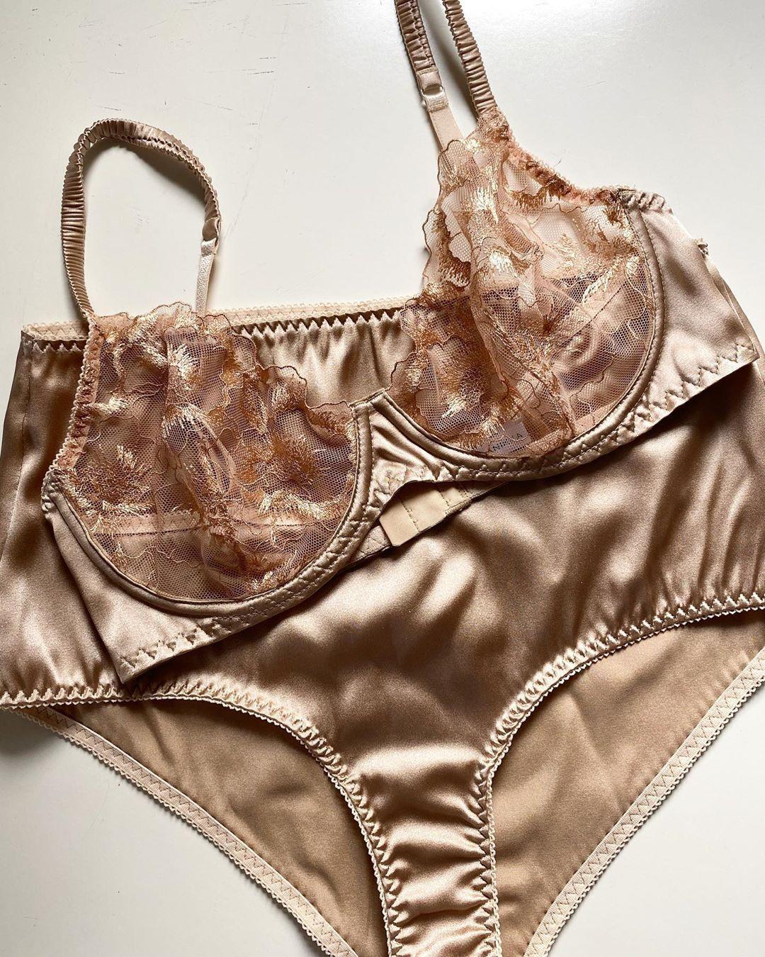 Женское нижнее белье из шелка в москве женское белье в реализацию