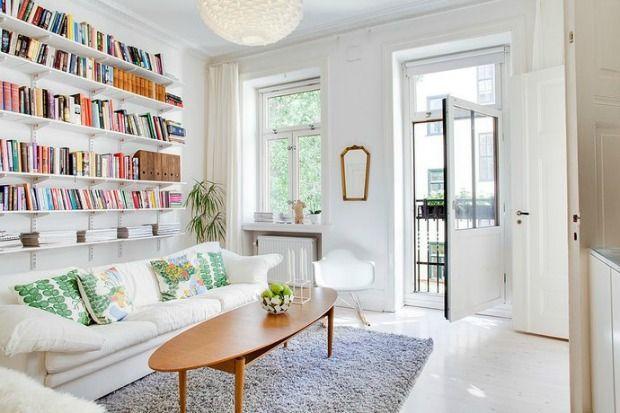 Een Kast Achter De Bank Eenig Wonen Living Room With