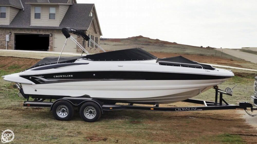 Mercruiser 5 0 Mpi 260 Hp With Mercruiser Bravo 3 I O With Stainless Steel Dual Prop Low Hours Deck Boats For Sale Boats For Sale Deck Boat
