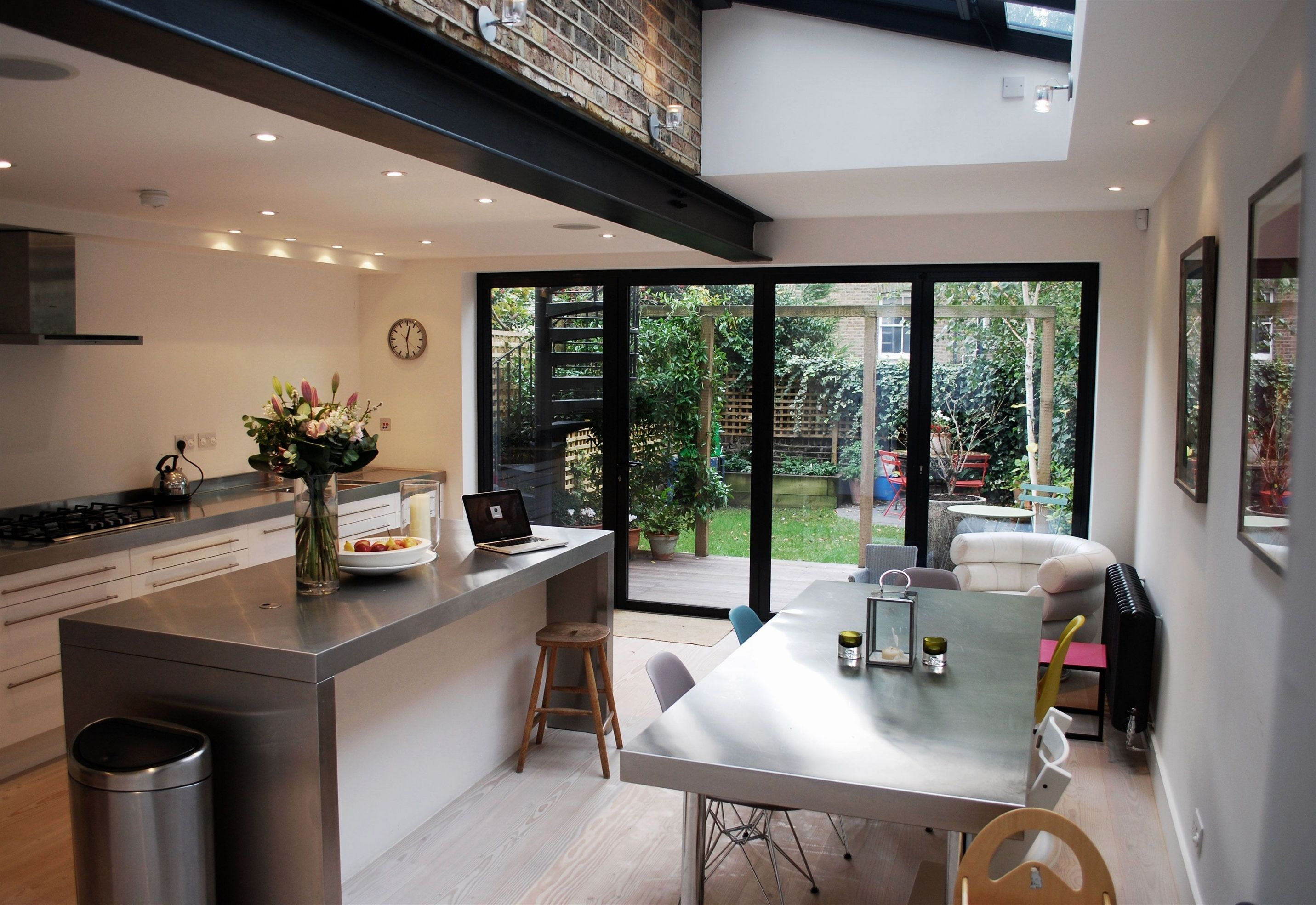 Discover ideas about living room kitchen also un certain equilibre de moderne loft cuisine sur jardin et rh pinterest