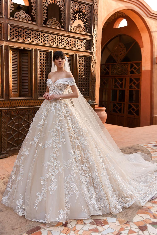 2019 Designer Ball Gown Wedding Dresses Off The Shoulder Full 3d