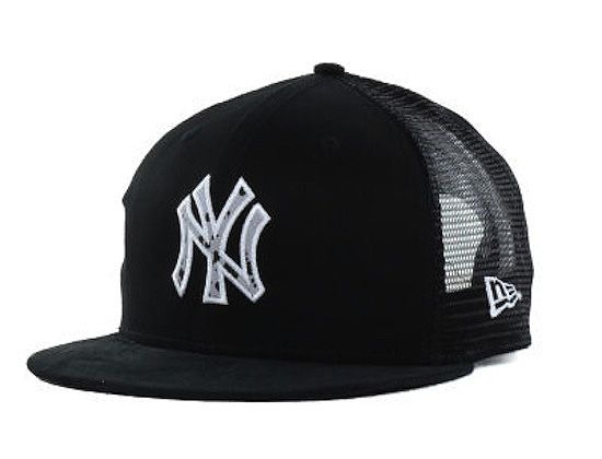7eabdff1365 New York Yankees Trucker d 9Fifty Snapback Hat by NEW ERA x MLB ...