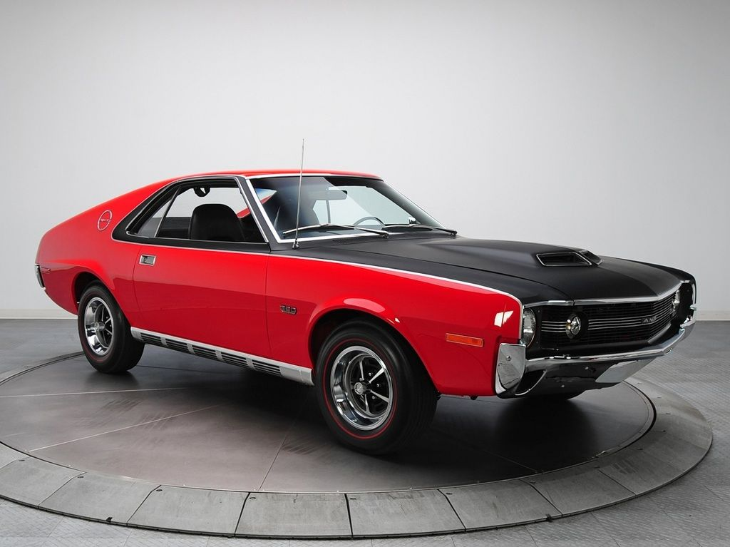 The 1970 AMX had the Magnum 500 wheels, with trim rings, as standard