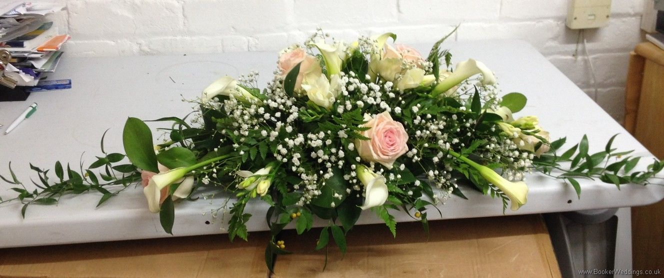 Top Table Long And Low Arrangement With Calla Lillies Blush Roses