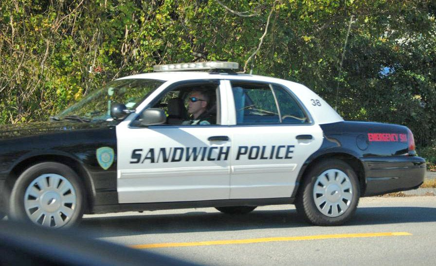 Sandwich Police Funny Signs The Funny Hilarious