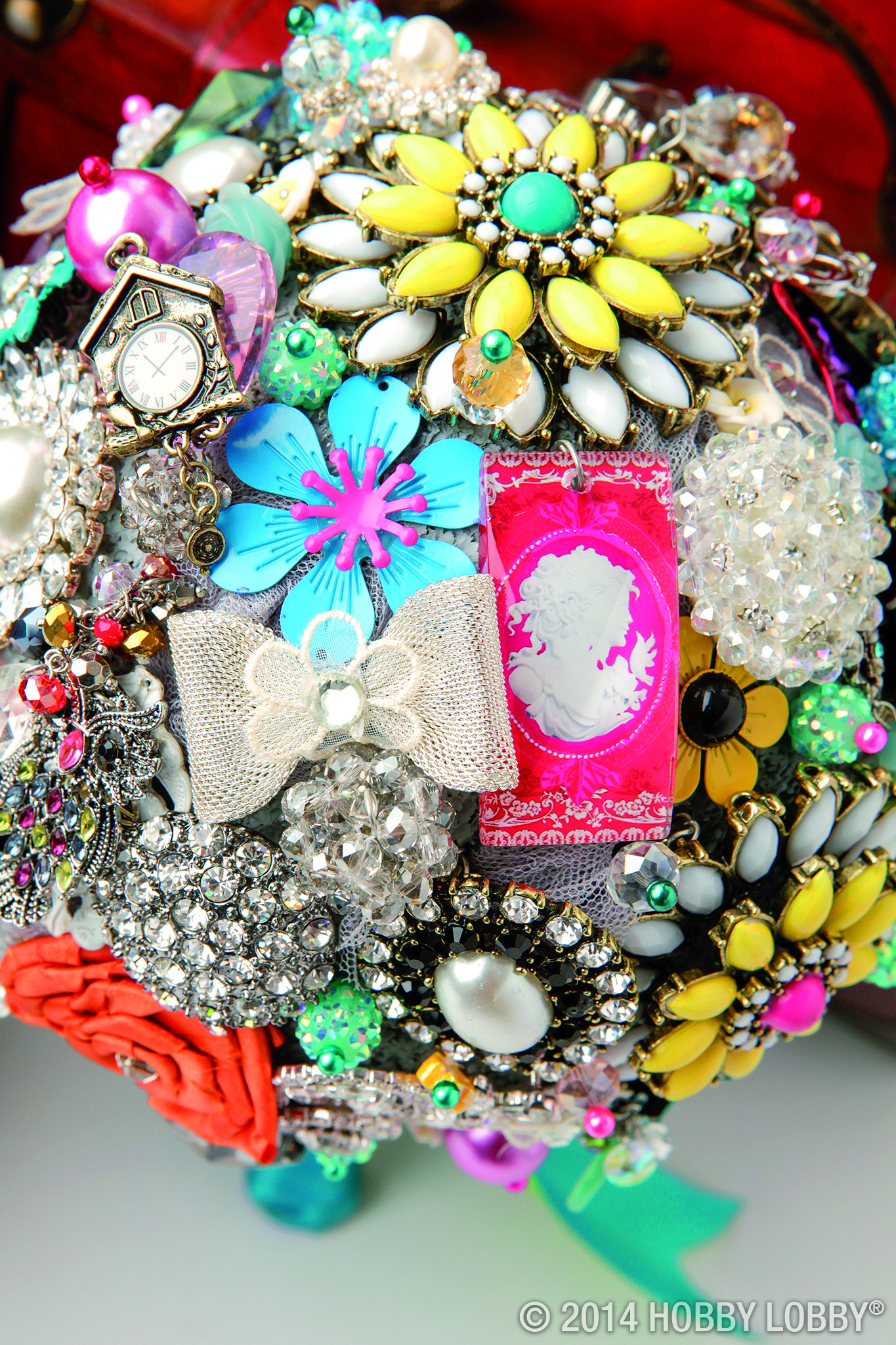 Make a DIY bejeweled bouquet with this howto guide