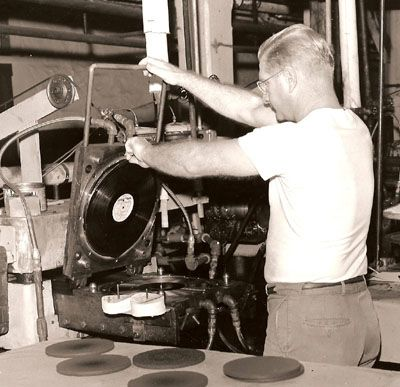 Record Pressing Plants Google Search Vinyl Record Storage Vinyl Storage Vinyl Addict