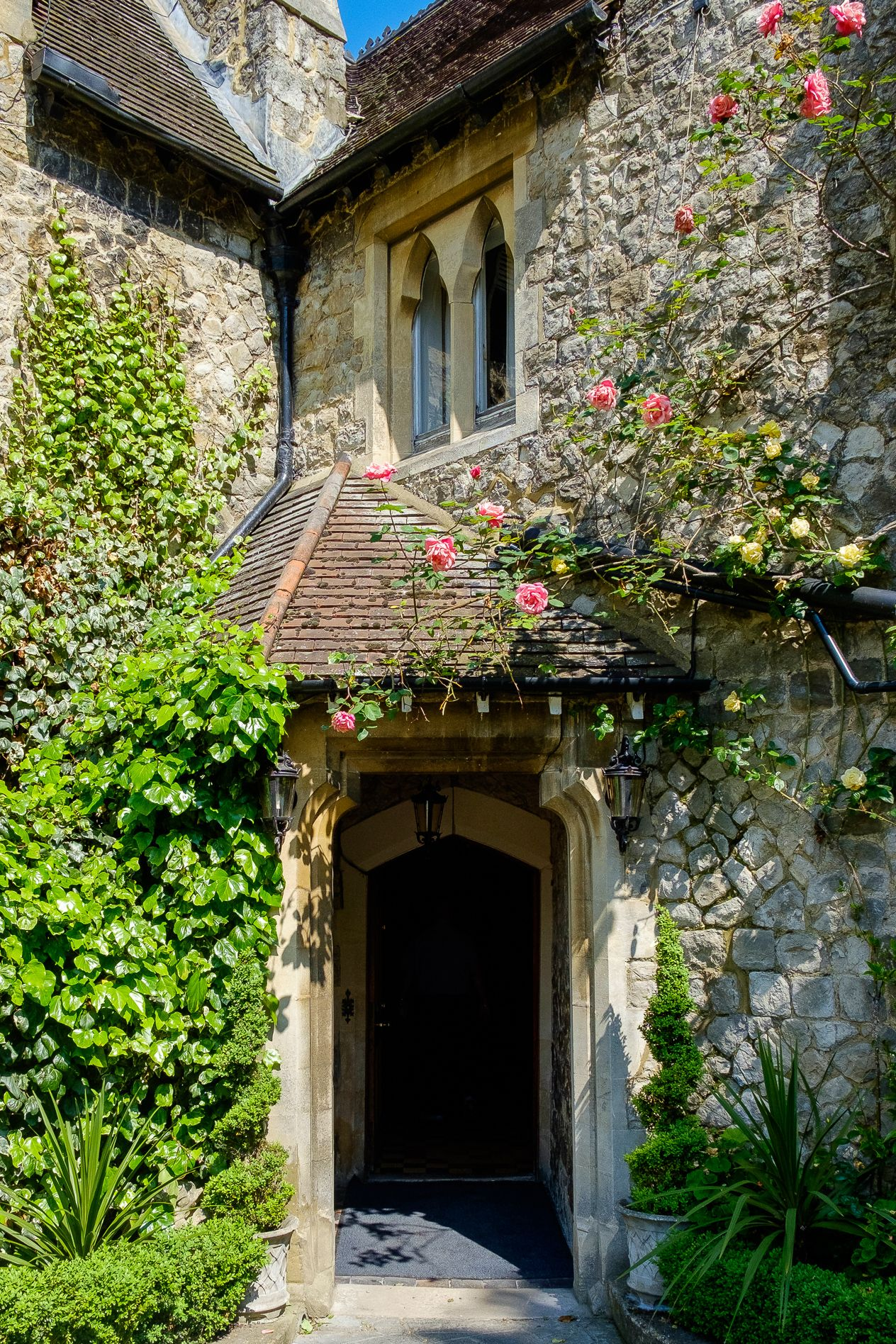 Entrance Photo To Knowle Country House Kent Wedding Venue Photographed By Oakhouse Photography