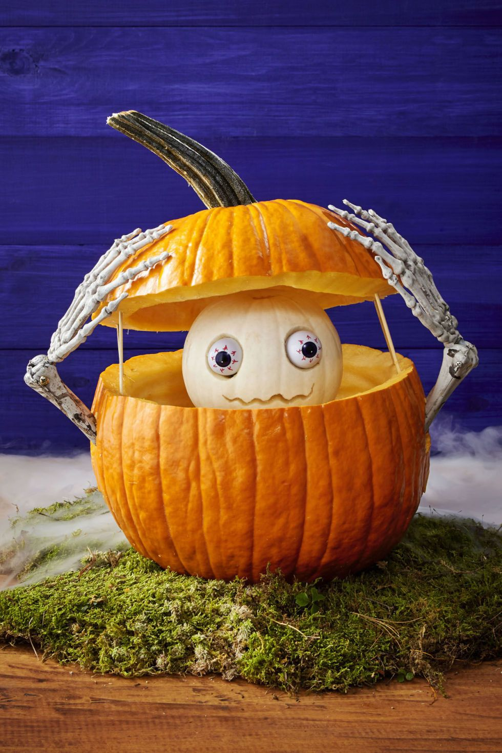 59 Pumpkin Carving Ideas For Halloween That Show Off Your Crafty