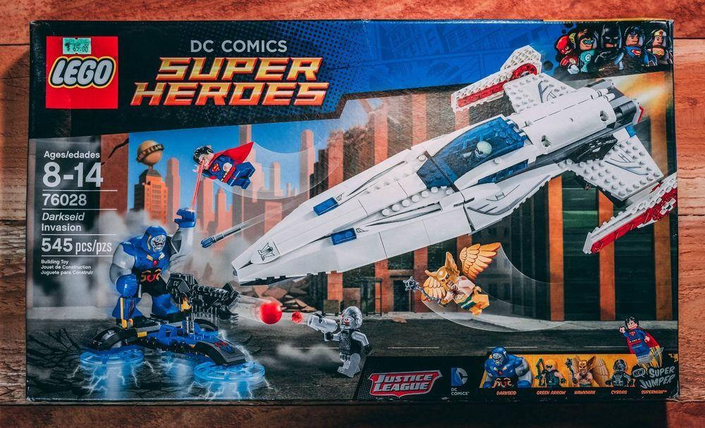 LEGO Superheroes Darkseid Invasion 76028