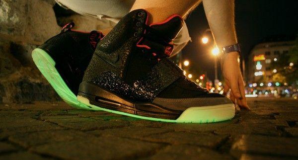Nike Air Yeezy BLACK PINK