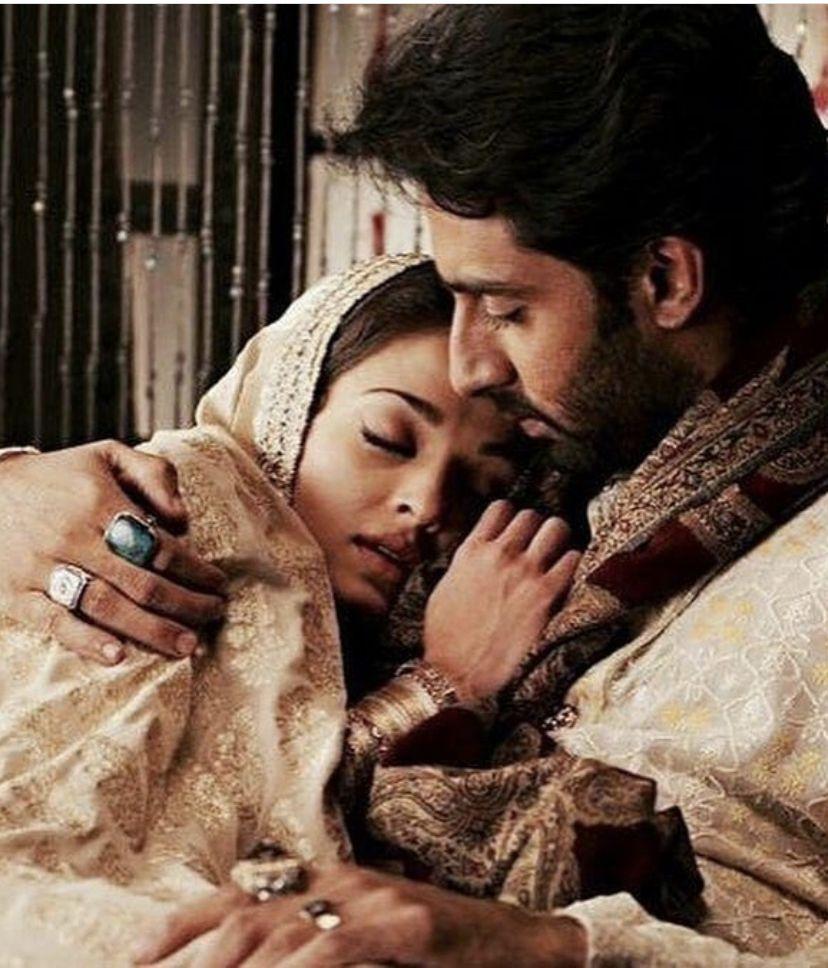 Aishwarya Rai And Abhishek Bachchan Lovingly Chill In Maldives In Celebrate Their Anniversary In Maldives Hungryboo Actress Aishwarya Rai Bollywood Aishwarya Rai Bachchan