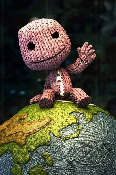 Sackboy - A mute hero to many, many worlds. Not much is known about him, besides him defeating many monsters such as the Negativitron and the three Titans.