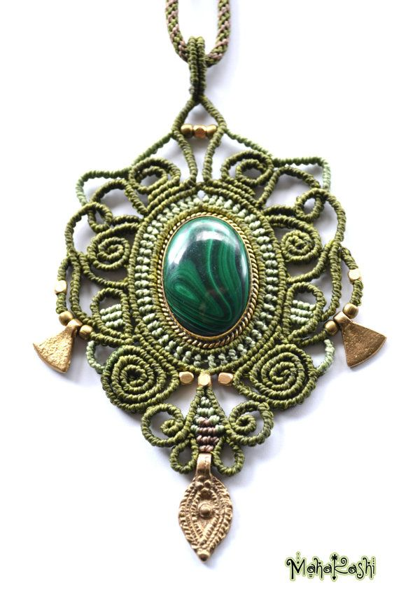 Collar de Macramè Corazón de la selva con por MahakashiCreations