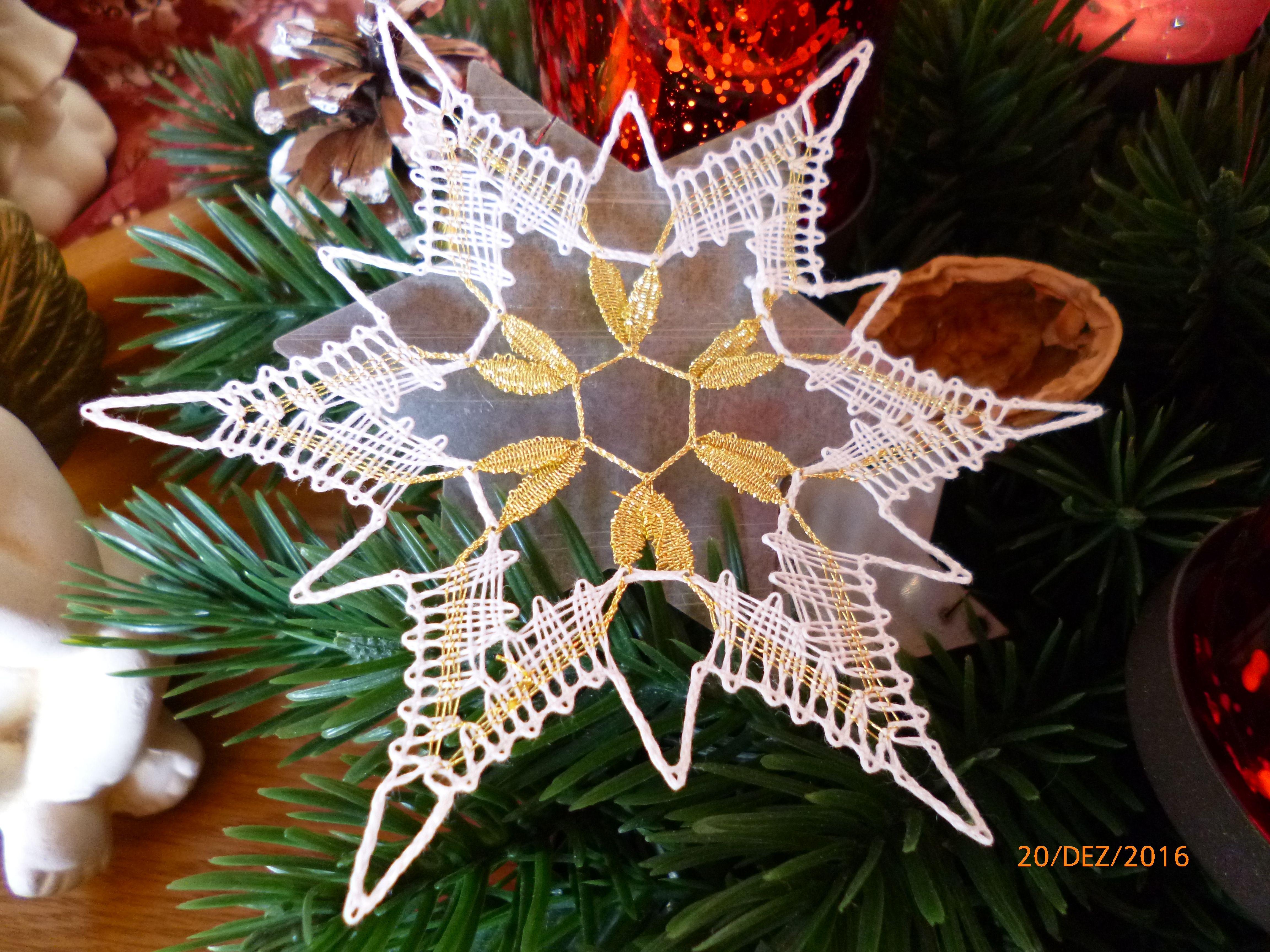 2016 - Weihnachtsstern für den Christbaum - Entwurf von Brigitte Bellon, Germany