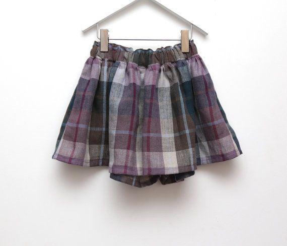Lilac plaid linen girls culottes Girls summer ruffle shorts by ZanziBach #linen #natural #naturalkids #girlsfashion #plaid #culottes